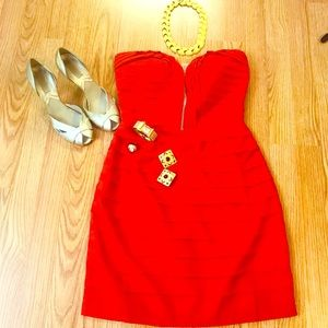 NWT RED STRAPLESS DRESS